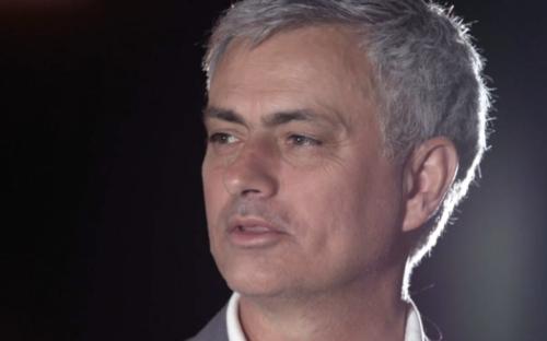 Mourinho, les larmes aux yeux